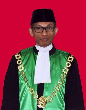 Ilman Hasjim, S.H.I., M.H. / WAKIL KETUA