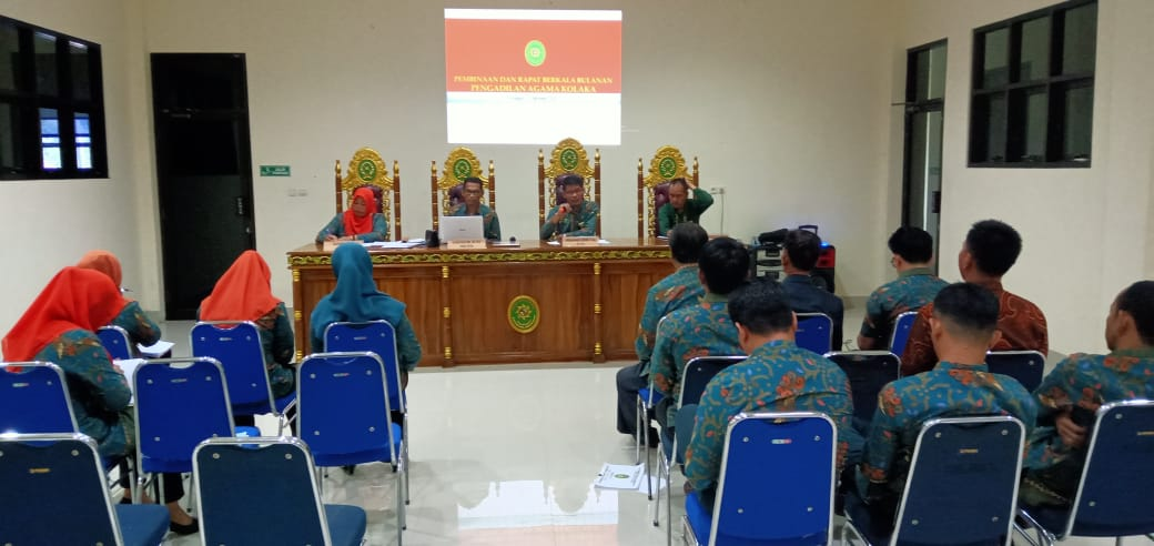 Bertepatan Hari Batik Nasional, Pimpinan dan Pegawai PA Kolaka Adakan Pertemuan Bulanan