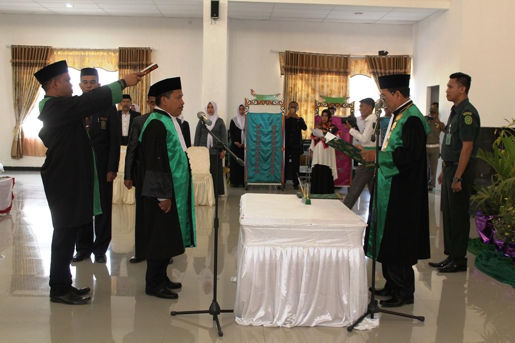 Ketua PTA Sulawesi tenggara Lantik Ketua PA Rumbia
